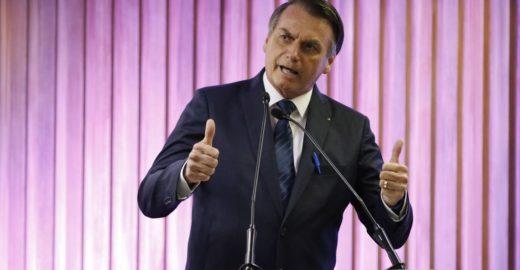 Bolsonaro publica decreto em defesa da tequila mexicana