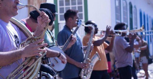 Bourbon Festival Paraty: três dias de shows gratuitos ao ar livre