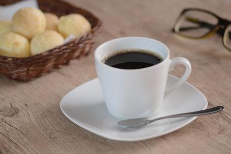 Café é um dos itens que está com desconto