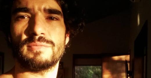 Globo: Caio Blat se manifesta sobre denúncias de assédio