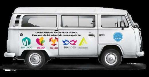Campanha social 'coloca o amor para rodar' em Curitiba