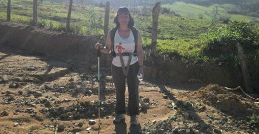 Brasileira com câncer percorre 1,4 mil km a pé em peregrinações