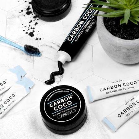 pasta de dente da marca carbon coco