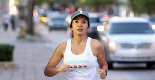 Câncer na coluna podia impedi-la de andar e ela correu maratona