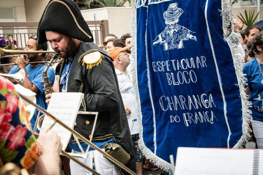 O Espetacular Bloco Charanga do França participa do festival de fanfarras no Theatro Municipal e também agita a Consolação durante a Virada Cultural