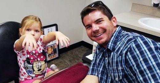 'Pai solo' cria curso para homens pintarem unhas de suas filhas