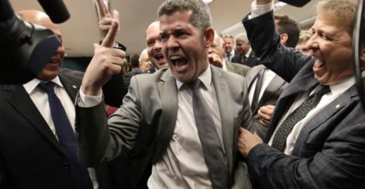 Líder de Bolsonaro diz que a 'Bahia é um lixo governado pelo PT'