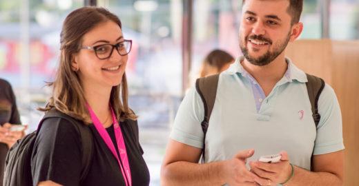 Plataforma conecta surdos que querem ensinar e aprender