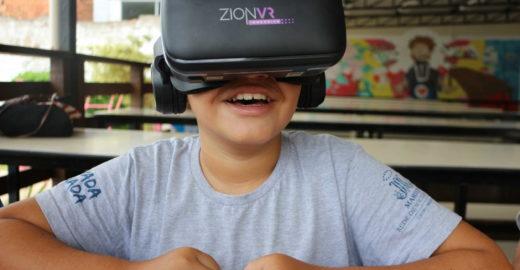 Alunos aprendem matemática com ajuda da realidade virtual em SC