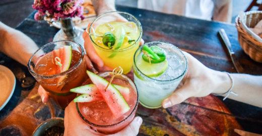 6 drinks não alcoólicos muito saborosos e fáceis de fazer
