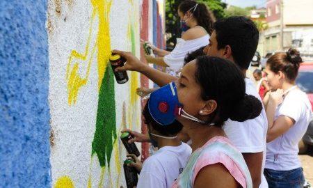 Em Brumadinho (MG), alunos do  Inhotim criam festival e querem espaço no calendário oficial do município