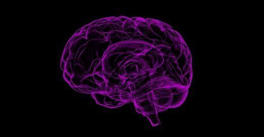 Alzheimer pode ser identificado com décadas de antecedência