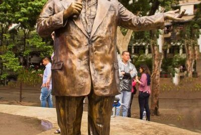 Estátua de Tim Maia ocupa Praça Afonso Pena na Tijuca