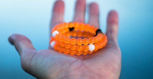 Lokai, a pulseira que dá equilíbrio e faz caridade