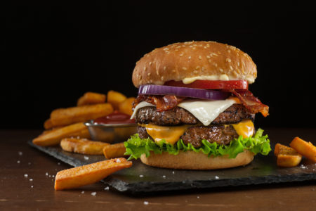 Tá afim de um hambúrguer suculentow
