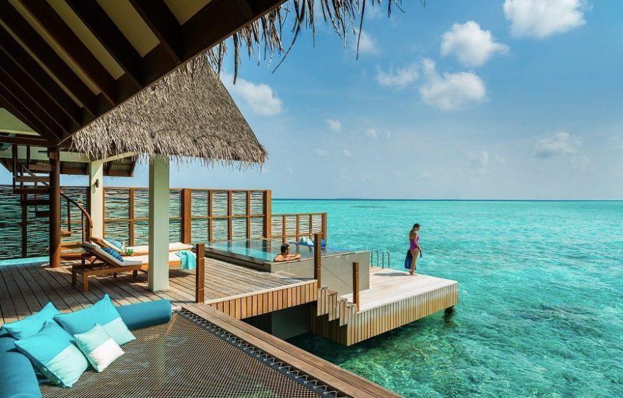 Resort na paradisaical ilha Maldivas, arquipélago no oceano Índico, a sudoeste da Índia e do Sri Lanka
