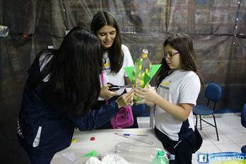 Escola ensina astronomia e astronáutica de forma lúdica