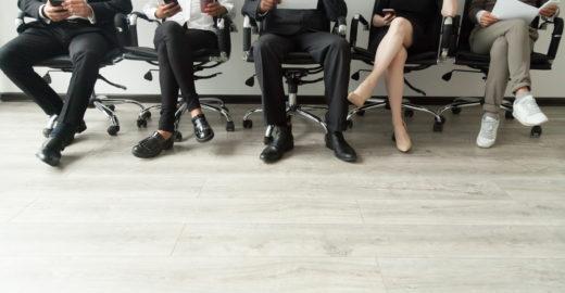 Lista colaborativa no Twitter reúne cursos para quem busca emprego