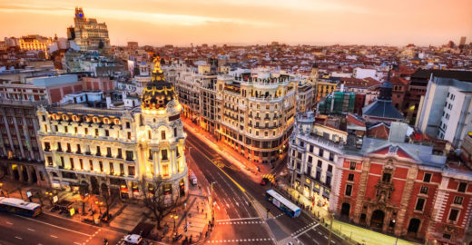 Programa oferece bolsa de estudos para brasileiros na Espanha