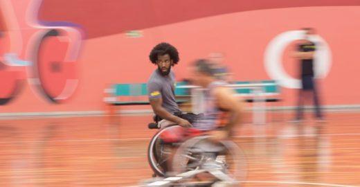 Cadeirante e atleta de SP volta a estudar e pensa na seleção
