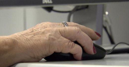 Alunos da UFF criam jogos que ajudam idosos a exercitar a mente