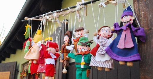 Cesky Krumlov, na República Tcheca, a cidade das marionetes