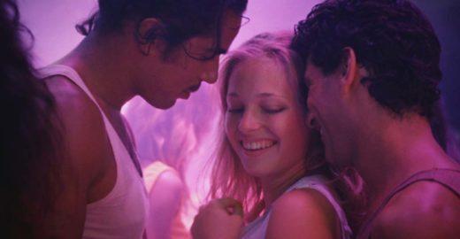 Diretor de 'Azul é a Cor Mais Quente' choca Cannes com sexo
