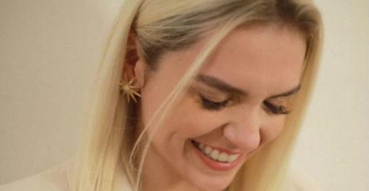 Monica Iozzi diz que sofre assédio desde que ficou platinada