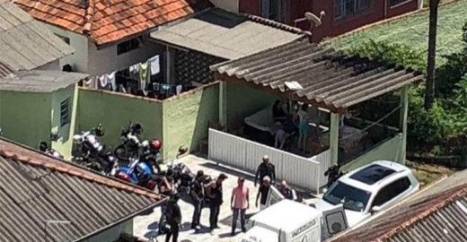 Motociclistas 'invadem' asilo para fazer churrasco para idosos