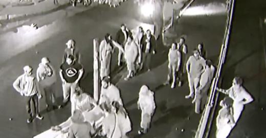 Homem é preso após atropelar e arrastar namorada por 50 metros