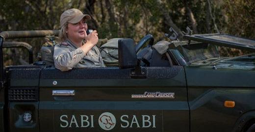 Mulheres desafiam a norma e se tornam guias em reservas de safári