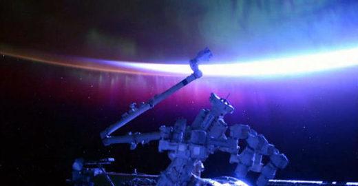 Imagens raras mostram aurora boreal vista do espaço