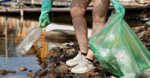 Brasil não assina acordo da ONU para conter uso de plástico