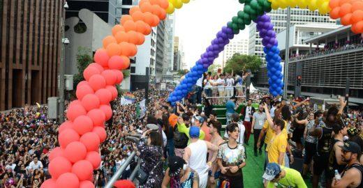 Parada LGBT de São Paulo lembra os 50 anos da rebelião de Stonewall