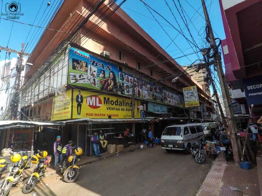 Lojas de rua em Ciudad del Este