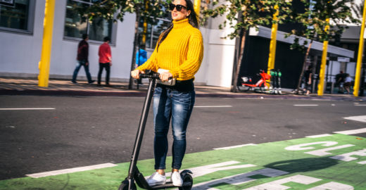 Conheça as novas regras para o uso de patinetes elétricos em SP