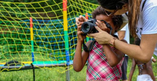 Projeto usa fotografia como forma de inclusão no Jardim Gramacho
