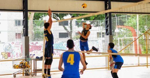 Projeto oferece aulas gratuitas de esportes para jovens