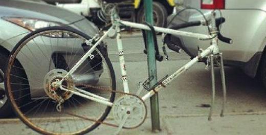 Estudante cria campanha para remover bikes abandonadas em NY