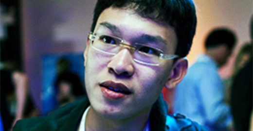 Menino de Cingapura estuda girassóis e descobre herbicida