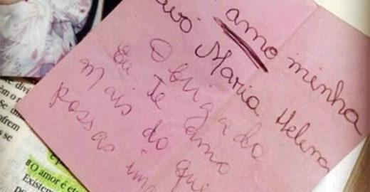 Garota acha e tatua bilhete que avó escreveu antes de morrer