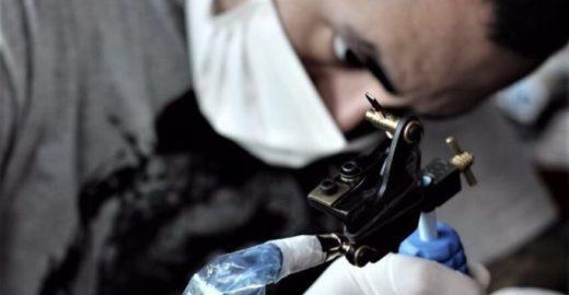 Tatuadores farão desenhos inéditos de elefantes em prol de ONG
