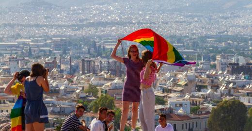 Bolsonaro corta incentivo a turismo LGBT de Plano Nacional