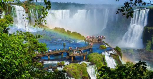 Pesquisa elege as Cataratas do Iguaçu como destino mais amado do país
