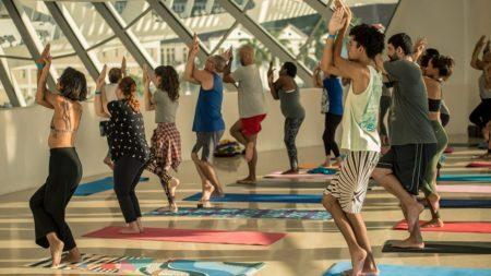 Yoga no Museu do Amanhã