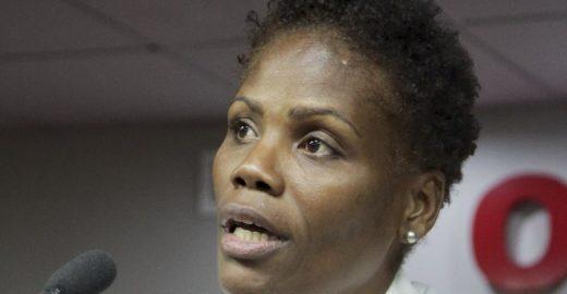 TV Globo é condenada em caso de advogada algemada no Rio