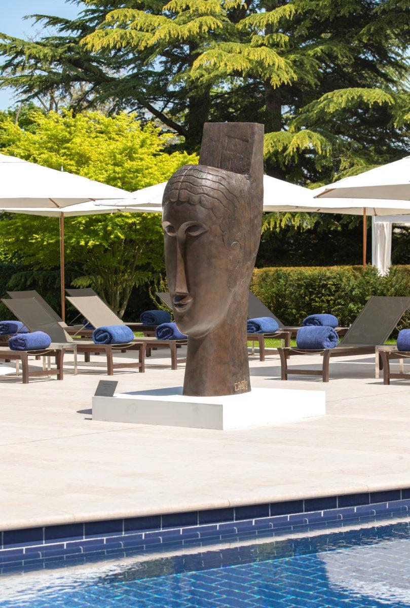 A exposição nos jardins do La Réserve Géneve vai até 30 de setembro