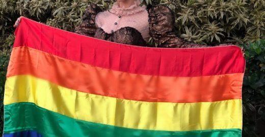 'Lésbicas existem', protesta bailarina do Faustão
