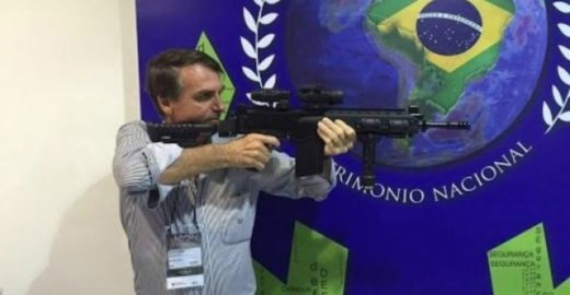 Ibope: maioria dos brasileiros discordam de Bolsonaro sobre armas