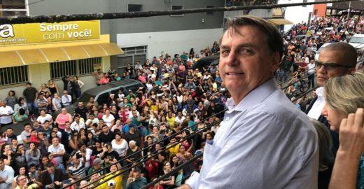 Bolsonaro indica que disputará reeleição e que 'todos votarão' nele